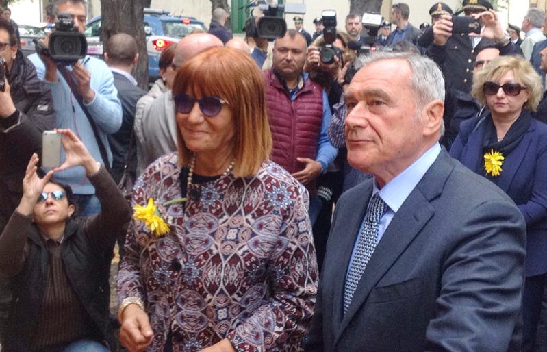 Adriana Musella e Presidente del senato della Repubblica Italiana Pietro Grasso