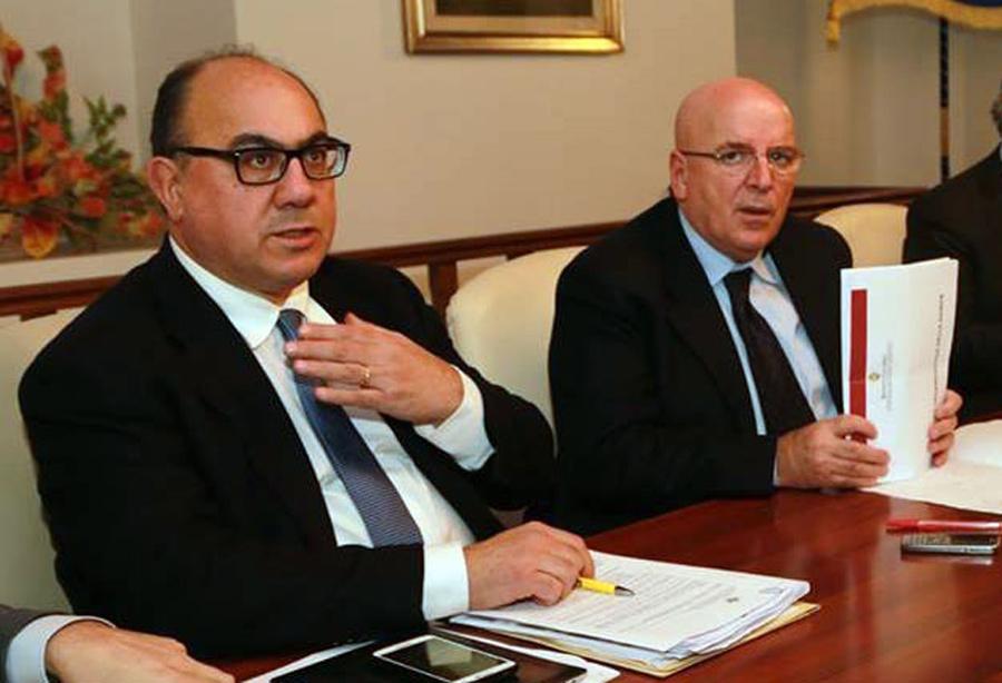 Da sx: il Consigliere Regionale della Calabria Carlo Guccione - il Presidente della Regione Calabria Mario Oliverio