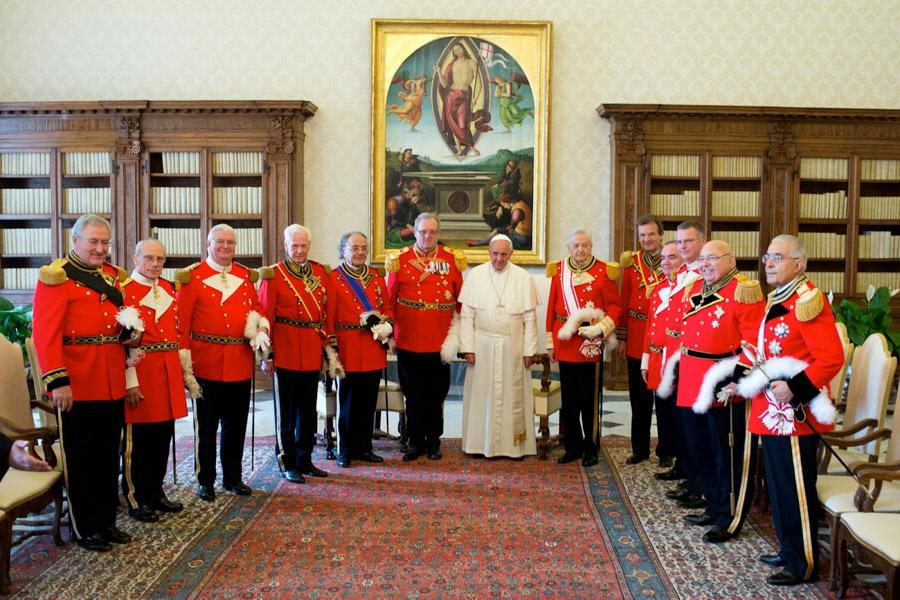 cavalieri di malta, papa francesco, beppe grillo